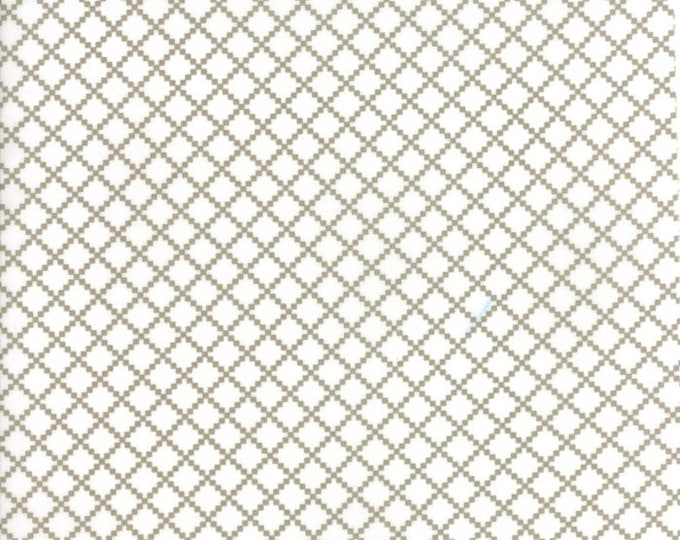 Project Red (5687 34) White Taupe Irish Chain by Sweetwater