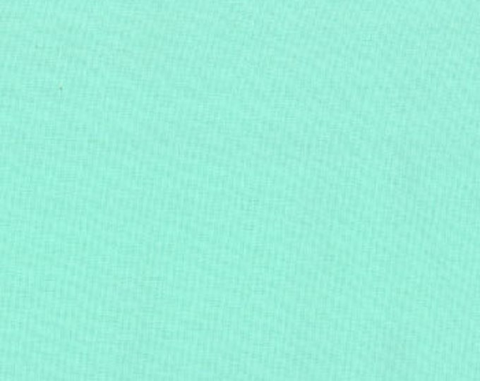 "Aqua (9900 34) - Bella Solids fabric Moda Basics - 17"" remnant piece"