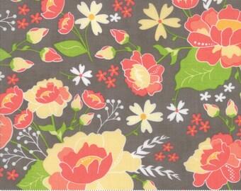 Lulu Lane (29020 20) Slate Flower Garden by Corey Yoder