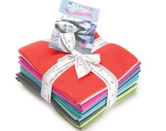 Kate Spain Bella Solids Fat Quarter Bundle for Moda