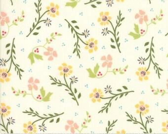 Walkabout Ivory Dandelion (37562-11) by Sherri and Chelsi for Moda Fabrics
