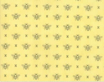 Garden Variety (5073 17)  Sunshine Queen Bee by Lella Boutique