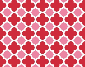 Quatrefoil in Red/Hot Pink (C435-14) - Fat Quarter