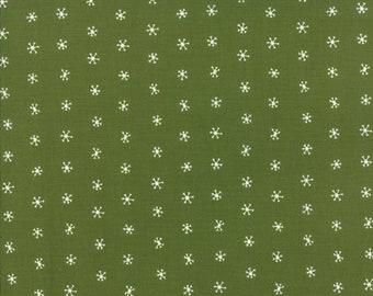 Gingiber Merriment Snowflakes - Holly (48275 13) for Moda Fabrics