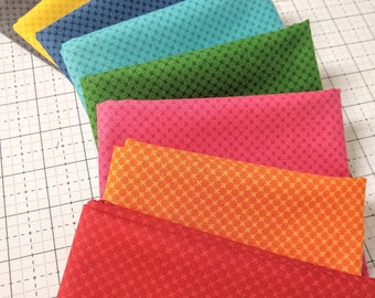 Fat Quarter Bundle Primary Colors Kisses Fabric SALE - 8  FQs - Riley Blake Designs