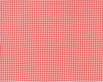 Christmas Figs (20313 21) Pomegranate Gingham by Fig Tree & Co.