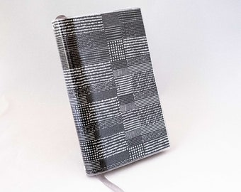 Paperback Book Cover - Quilted Dots Silver on Black - Large Trade Size
