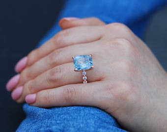 Cushion Engagement Ring. GIA certified 8.6ct Blue sapphire engagement ring One of a kind ring Engagement ring by Eidelprecious