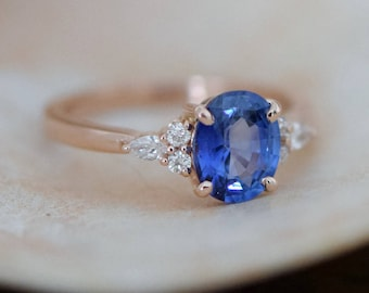 Rose gold sapphire ring. Oval blue sapphire ring. 2.5ct cornflower blue sapphire diamond ring 14k rose gold engagement ring by Eidelprecious