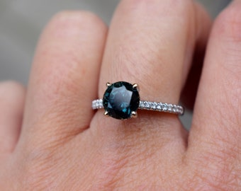 Fall/Winter mood sapphire. Color change Sapphire ring. Rose Gold Engagment Ring, Teal Green sapphire engagement ring by Eidelprecious