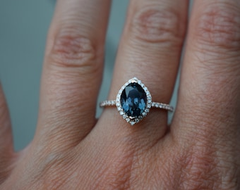 Teal Blue sapphire engagement ring. Peacock blue sapphire 2.5ct Marquise sapphire ring. Halo diamond  ring 14k Rose gold. Engagement rings