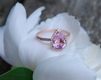Pink Sapphire Engagement Ring 14k Rose Gold 2.5ct, Pear Cut Peach Sapphire Ring. Engagement ring by Eidelprecious