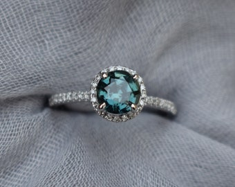 Teal Lake sapphire engagement ring. Color change Sapphire ring. Rose Gold Engagement Ring, Teal Green sapphire engagement ring Eidelprecious