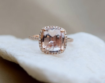 Sapphire engagement Ring. 14k Rose Gold ring. Engagement Ring. 3.8ct Square Cushion Ice Peach sapphire ring by Eidelprecious.