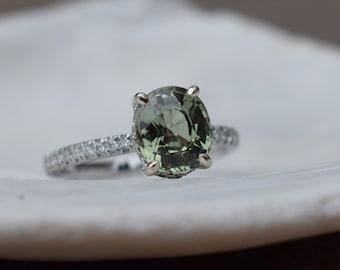 Fall/Winter mood sapphire ring. Sage Green Sapphire Ring. Sapphire engagement ring. Oval Green sapphire Ring. 14k white gold Eidelprecious