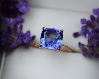 7 ct Tanzanite Ring. Rose Gold Engagement Ring Lavender Blue Tanzanite cushion cut engagement ring 14k rose gold ring by Eidelprecious.