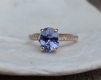 Fall/Winter mood sapphire. Color change Sapphire ring. Rose Gold Engagment Ring, Lavender Blue sapphire engagement ring by Eidelprecious