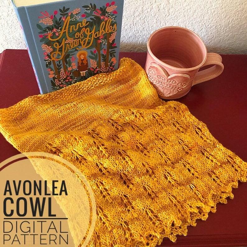 Cowl Knitting Pattern  Avonlea Cowl Pattern knitted cowl image 0