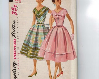 1950s Vintage Sewing Pattern Simplicity 1538 Summer Party Dress Full Skirt Inverted Box Pleats V Vee Neckline Size 11 Bust 29 50s 1956  99