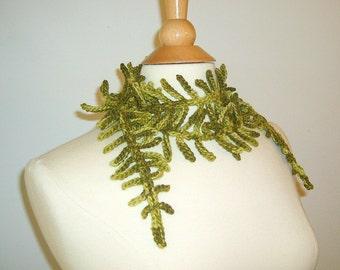 Crochet Womens Scarves, Fern Scarf, Green Skinny Scarf, Crochet Lariat, Crochet Scarf, Fashion Scarf, Fern Lariat, Spring Scarf, Teen Scarf