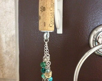 Cougar Crest Wine cork Keychain with green baubles