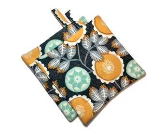 Quilted  Pot Holders ,set of 2 ,Gray Yellow Flowers, Joel  Dewberry