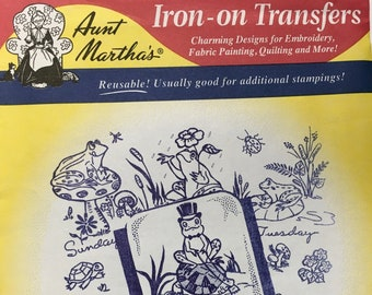 Frog Tea Towels Aunt Marthas Hot Iron Transfers Embroidery Fabric Painting Quilting Needlepoint Crafts 3765 Made in the USA