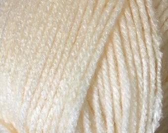 Clearance White Peach Cascade Anthem Yarn 186 yards 100% Acrylic Color 40