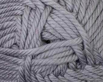 Cherub Super Bulky Incredibly Soft Grey Cascade Yarn 131 yards Acrylic Nylon Blend Color 17