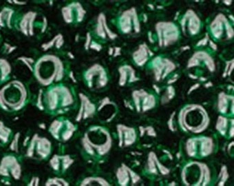 8/0 Transparent Green Emerald Toho Glass Seed Beads 2.5 inch tube 8 grams TR-08-939