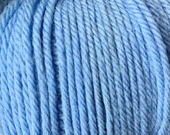Light Blue Cascade 220 Superwash Yarn 220 yards 100% SuperWash Wool color 846