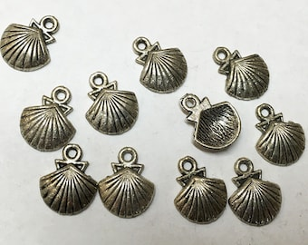 Clearance Clam Shell Charms Antique Silver Tone 15x10mm Single Sided Beach Charms Sea Shell 10 pcs