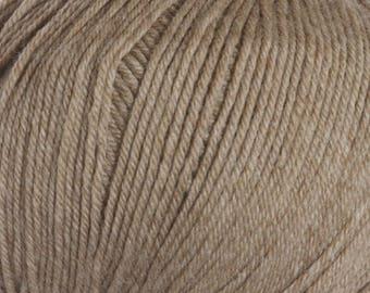 Clearance Doeskin Heather Cascade 220 Superwash Yarn 220 yards 100% SuperWash Wool color 1926