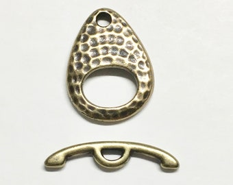 TierraCast Oxidized Antique Brass Plated Hammertone Ellipse Toggle Clasp 24mm x 22mm Lead Free Pewter One Clasp