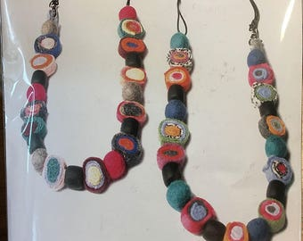 Sushi Necklace Kit with All Materials Noir Black Color Hand Made Felt Components