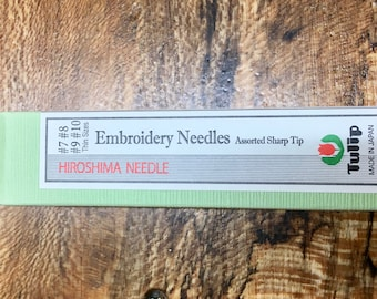 Tulip Needles for Embroidery Gold Plated Large Eye Needle Sharp Tip Assorted Needle Sizes 7, 8, 9, 10