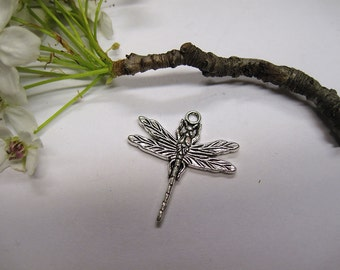 10 Antique Silver Pewter Dragonfly Pendant Charms 31x29mm C194
