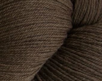Walnut Cascade Heritage Yarn 437 yards Super Fine Wool Nylon Sock Yarn Color 5638