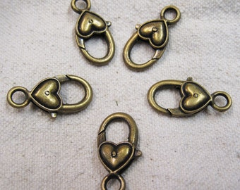 5 Antique Bronze Tone Heart Lobster Claw Clasps 27mm x 12mm 5 clasps F562
