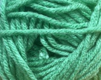 Clover Green Cascade Anthem Yarn 186 yards 100% Acrylic Color 59