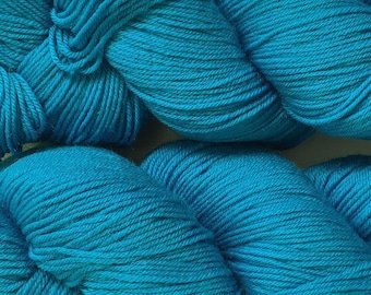 Turquoise Cascade Heritage Yarn 437 yards Super Fine Wool Nylon Sock Yarn Color 5626