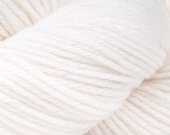 White Cascade 220 Yarn 220 yards 100% Peruvian Highland Wool color 8505