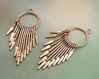 Charms & Metal Pendants