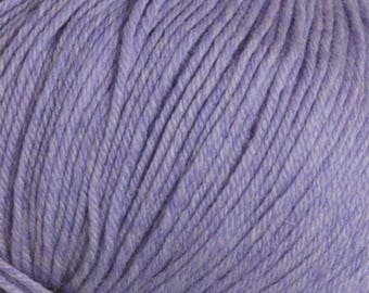 Clearance 30 Percent Off Lavender 220 Superwash Yarn 220 yards 100% SuperWash Wool color 1949