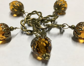 Acorn Stitch Markers with Amber Glass Crystal Beads Snag Free Large Stitch Markers Fits Up to Size 10.5 Needles Set of 5