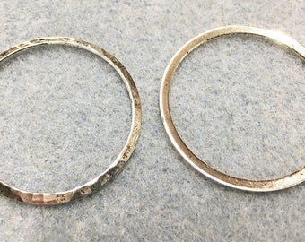 Hammered Rustic Large Rings Vintage Look Silver Plated Brass 33mm 2 pcs F383B