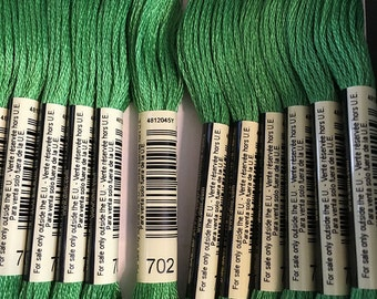 DMC 702 Kelly Green Embroidery Floss 2 Skeins 6 Strand Thread for Embroidery Cross Stitch Needlepoint Sewing Beading
