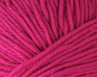 Berry Pink Cascade 220 Superwash Yarn 220 yards 100% SuperWash Wool color 837