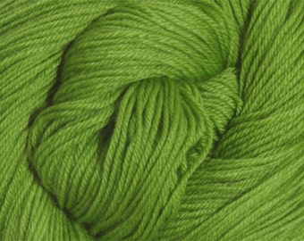 Primavera Green Cascade Heritage Yarn 437 yards Super Fine Wool Nylon Sock Yarn Color 5659