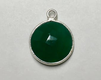 Clearance Green Onyx Faceted Round Drop Pendant with Silver Plated Bezel 17mm x 13mm with Top Loop One pendant P102